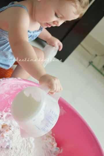 messy play mousse 4